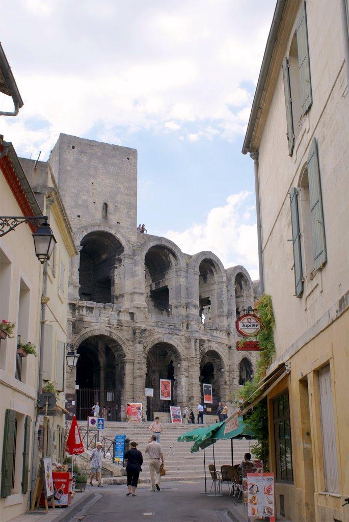 Arles office de tourisme maussane les alpilles - Office de tourisme de arles ...