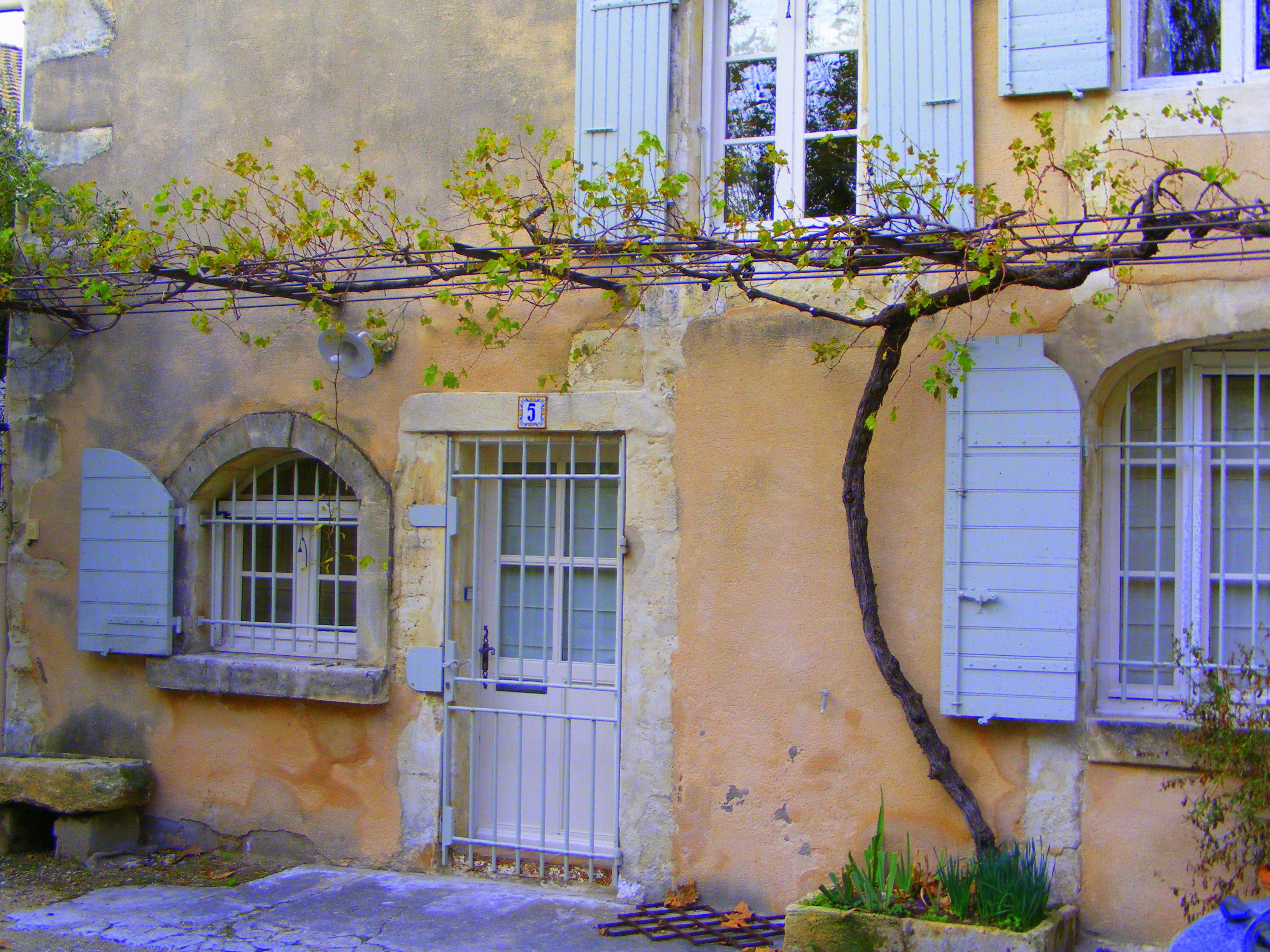 Le vieux maussane office de tourisme maussane les - Office de tourisme maussane les alpilles ...
