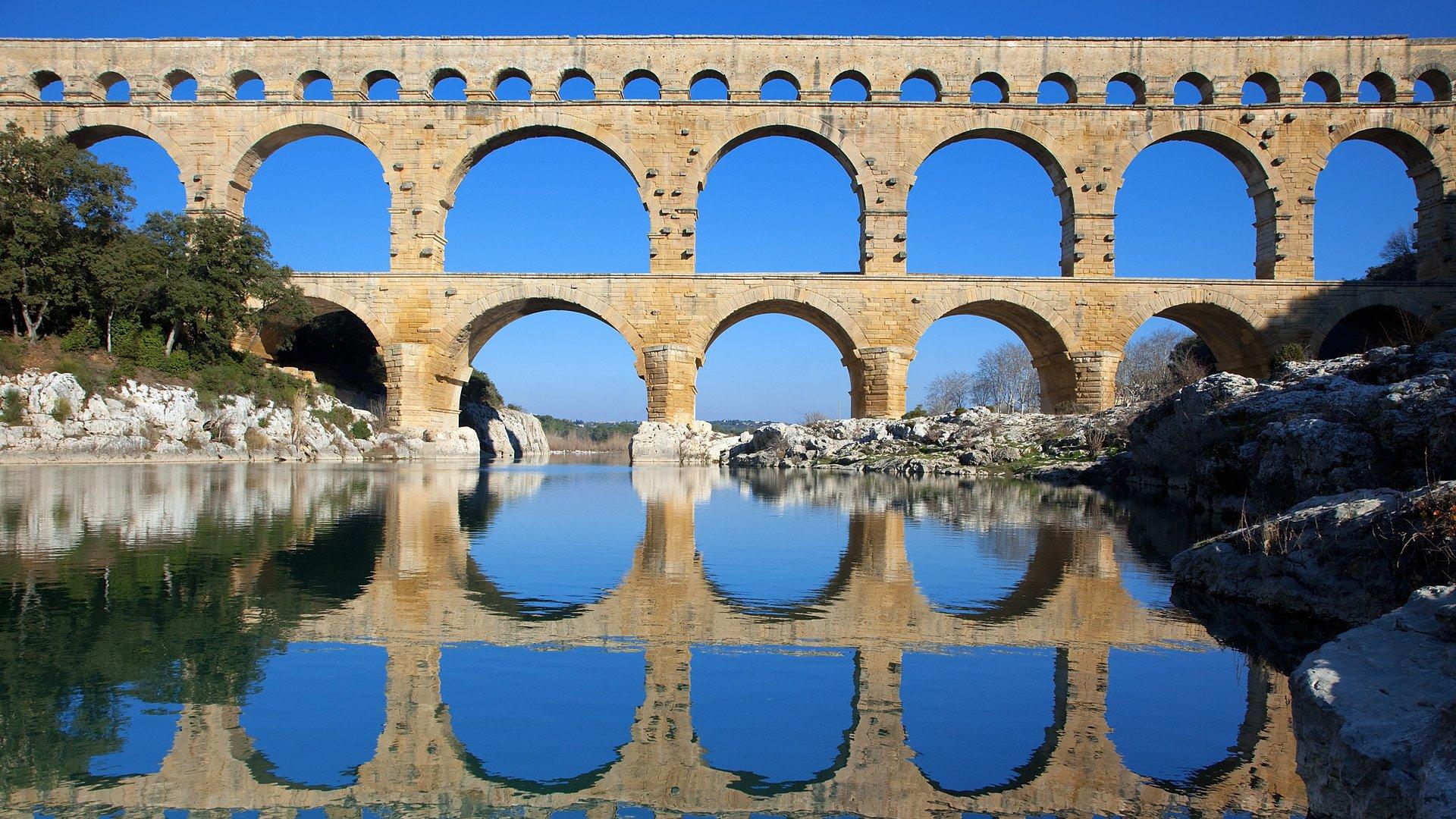 Pont du gard incontournable office de tourisme maussane les alpilles office de tourisme - Office de tourisme du pont du gard ...